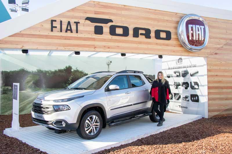 Fiat Toro Stand
